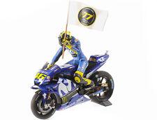 1:12 Minichamps Yamaha YZR-M1 2018 MotoGP Catalunyia Rossi with figurine & flag