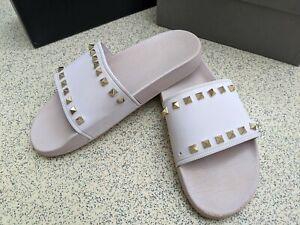 Expensive VALENTINO GARAVANI Flip Flops (sliders/slippers) size 6-7 (Euro 39-40)