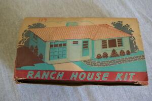 Vintage O & S Scale Plasticville Blue Ranch House Kit RH-1 Original Box Complete