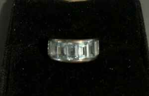 BLUE TOPAZ RING IN STERLING SILVER!!  SEVEN STONES ~ BEAUTIFUL!!