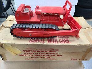 IH International TD-24 Bulldozer Tru Product Miniature 353 w/ Original Box