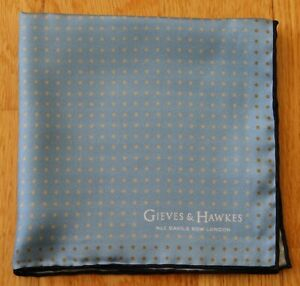 Gieves & Hawkes Silk blue spotted pocket square 30cm. New condition