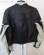 Dainese Molvena Vi 36060 Black Leather Motorcycle Jacket Size Euro 44 US Small