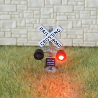 2 x N scale model railroad grade crossing signals LED silver + flasher board