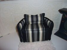 Barbie Handcrafted Sofa/Settee Smaller Design to fit Barbie  Dollhouse
