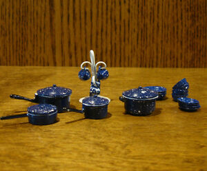 Doll/Teddy Miniature Accessories; Spotted Blue Metal Kitchen Accessories