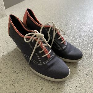 Ladies KEDS LACE UP WEDGES SIZE US 9 UK 8 1/2 EUR 40 Comfort Casual Shoes