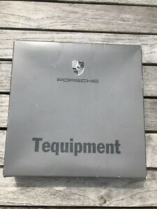 porsche wheel centres used but in very good condition no part number 75mm.