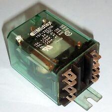 MIDTEX 24VDC COIL RELAY 157-32C200 *kjs*