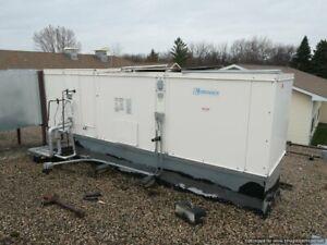 GreenHeck DGX-112-H22 Gas Fired Make Up Air W/ Split Cooling- Lennox 10 Ton AC
