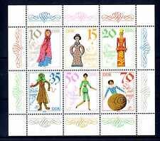 GERMANIA - DDR - 1979 - Minifoglio. Bambole storiche 1780/1960