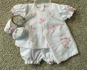 Will'beth Infant Baby Girl Preemie Newborn Outfit Booties Burp Cloth Dolls Bows