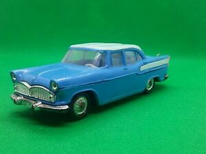 NOREV ANCIEN SIMCA BEAULIEU N° Plastique 1/43 made in france