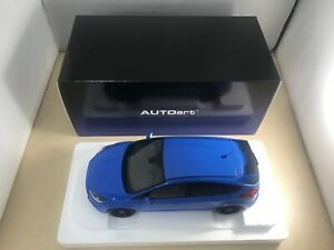 AUTOart 1/18 Ford Focus RS Blue Completed Product