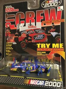 Racing Champions Pit Crew Square D NASCAR 2000 Car #55 SEALED