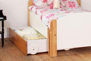 KIDS AVENUE TEDDY UNDER BED DRAWER / TOY BOX