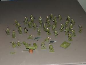 Vtg Cherilea 40+  pc LEAD SOLDIERS US ARMY Marines Medic Stretcher, Nurse, Tank+