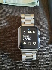 apple watch 3 SILVER 38mm - GPS - 8GB