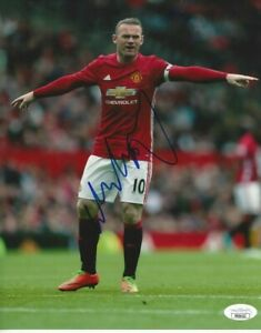 Wayne Rooney Autographed 8x10 Manchester United JSA Free Shipping C392