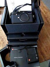 "Leica M 240 ""Black Dot"" appareil photo + ""Thumbs Up"" Grip + M-P ""protecteur"" CASE"