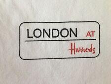 VINTAGE LONDON AT HARRODS-HARRODS KNIGHT BRIDGE SOUVENIR -T-SHIRT-LARGE-RARE