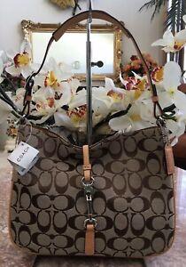 NWT Coach Hampton Signature Khaki Canvas Clip Hobo Shoulder Bag 6091 MSRP $250