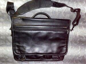 TUMI Black Leather Expandable Organizer Briefcase Messenger Computer Laptop Bag