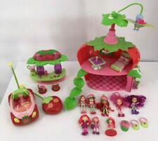 Doll House & Furniture