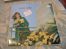 Teresa Duffy, Off To Dublin In The Green, Mono, Emerald Gem