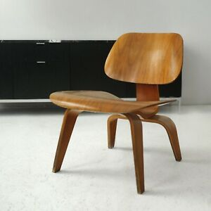 EAMES LOUNGE CHAIR WOOD LCW _ _ _ _ _ _ _ _ _ herman miller 1955 no vitra knoll