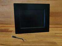 Digitaler Bilderrahmen DPF 8 Ultra Slim mit 8 Zoll Farbdisplay – schwarz
