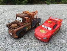Mattel Disney Pixar Cars Lightning McQueen & Mater 2pcs Spielzeugauto Neu Loose
