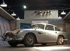 "JAMES BOND ""THUNDERBALL"" Aston Martin DB5 with Working features larger 1/36 MIB"