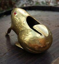VTG  Etched Brass Frog Single Cigarette Holder & Ashtray Diamond Glint Red Eyes