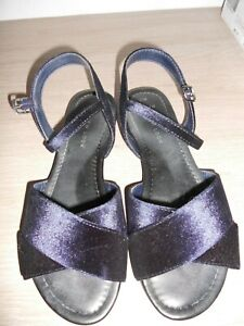 NEW LOOK BLUE VELOUR CROSSOVER FRONT SANDALS SIZE 5