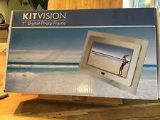 "KITVISION 7"" DIGITAL PHOTO FRAME BUILT IN STAND SD MMC MS MEMORY CARDS BLACK"