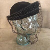 Vintage veil brown felt hat womens cloche velour pillbox size 6 netting face