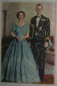 Wooden jigsaw - Elizabeth & Philip, 155x110mm, 15 pieces c1950