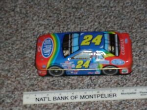 Jeff Gordon-DuPONT candy tin.