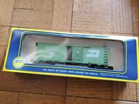 Lot of 4 Vintage AHM Rolling Stock with boxes