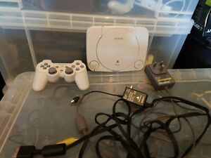 Sony Playstation Ps1 slim console