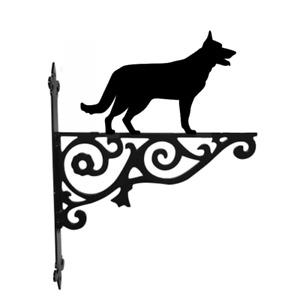 German Shepherd Dog Metal Hanging Basket Bracket Wall Mounted Decorative Garden