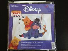 Disney Winnie The Pooh Cross Stitch J50 Pooh & Eeyore tiempo para un poco abrazo