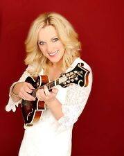 Rhonda Vincent 8 x 10 / 8x10 GLOSSY Photo Picture IMAGE #3