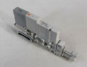 SMC SV1100R-5FU-C-C6 2-pos Single Solenoid Valve, Cassette Base, 24Vdc