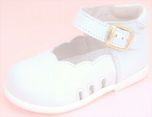 DE OSU/FARO - Baby Girls White Leather Dress Casual Shoes - European - Size 3-4