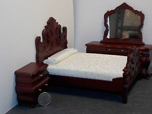 Dollhouse Miniature Mahog Double Bedroom Set A 1:12 in scale G85A Dollys Gallery