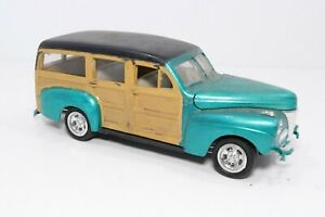 Vintage 1941 Ford Woody Sedan Builder Built Junkyard 1:25 Model Car Surf Wagon