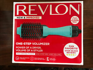 NEW IN BOX REVLON SALON ONE-STEP IONIC HAIR DRYER AND VOLUMIZER  RVDR5222MNT