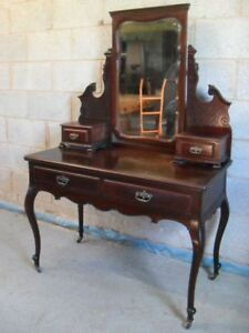 Quality Victorian Mahogany Art Nouveau mirror dressing table by Maple & Co